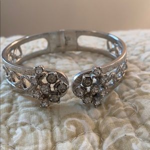 Jewelry - Silver Bracelet with jewel accent!